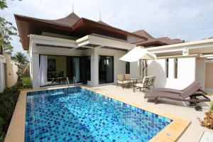 Baan Ping Tara Private Pool Villa, Holiday homes  Ao Nang Beach - big - 9