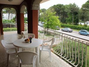 Lignano close to the beach - AbcAlberghi.com