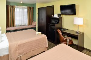 Quality Inn & Suites Elko, Hotels  Elko - big - 3
