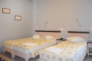 Mirabello Hotel, Hotels  Iraklio - big - 22