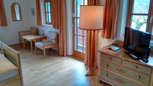 Alpengasthof Madlbauer, Гостевые дома  Бад-Райхенхаль - big - 9