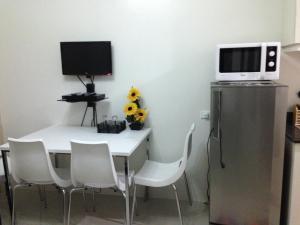Cristies Sea Residences, Апартаменты  Манила - big - 25