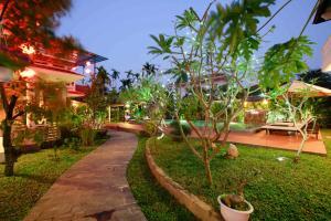 Hoi An Red Frangipani Villa, Отели  Хойан - big - 42