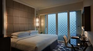 Superior Queen or Twin Room with Free Wi-Fi