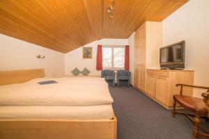 Hotel Parnass, Hotels  Zermatt - big - 8