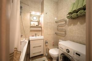 Izumrudnye Holmy 1, Apartmanok  Krasznogorszk - big - 3