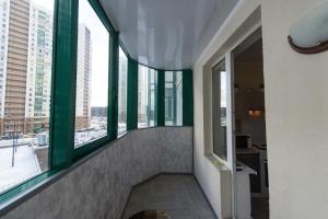 Izumrudnye Holmy 1, Apartmanok  Krasznogorszk - big - 9