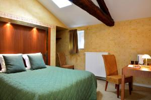B&B Domaine de La Corbe, Bed & Breakfast  Bournezeau - big - 17