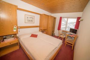 Hotel Parnass, Hotels  Zermatt - big - 9