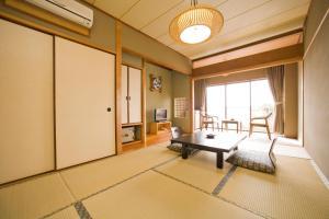 Shodoshima Seaside Hotel Matsukaze, Ryokany  Tonosho - big - 11