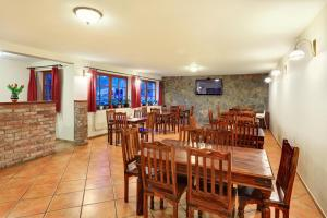 Penzion Prelat, Guest houses  Český Krumlov - big - 19