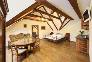 Penzion Prelat, Guest houses  Český Krumlov - big - 13
