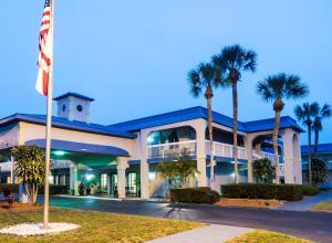 Vista Inn & Suites Tampa, Hotely  Tampa - big - 33