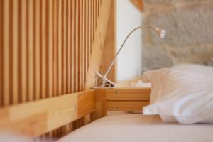 Cama en habitación compartida mixta de 11 camas con vistas al río