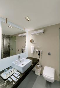 Comfort Inn Sunset, Hotels  Ahmedabad - big - 7