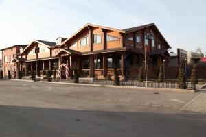 Guest House Chalet, Penziony  Taraz - big - 58