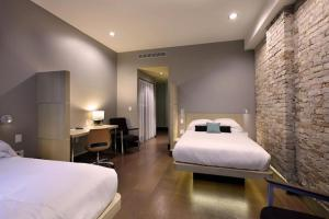 Double Room with Two Double Beds - Street View