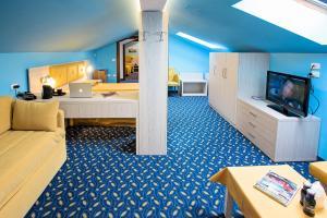 Hotel Benaco, Szállodák  Nago-Torbole - big - 112
