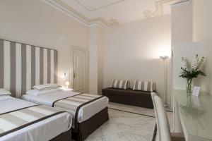 Palazzo Starace, Penziony  Sorrento - big - 37