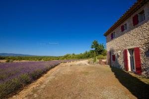 hautes plaines, Dovolenkové domy  Saignon - big - 8
