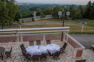 Ségala Plein Ciel, Hotels  Baraqueville - big - 8