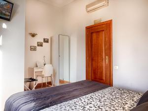 Sunny Guest House, Bed & Breakfasts Rome