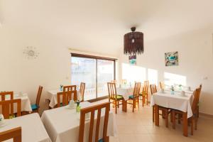 West Side Guesthouse, Hostely  Peniche - big - 61