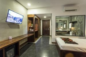 Yeak Loam Hotel, Отели  Banlung - big - 18