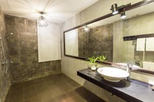Yeak Loam Hotel, Отели  Banlung - big - 20