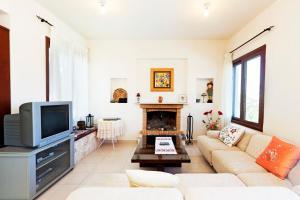 Phaedra & Orestis Villas, Prázdninové domy  Kato Akourdalia - big - 2
