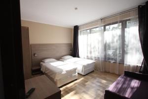 Studio ApartCity, Aparthotels  Braşov - big - 48