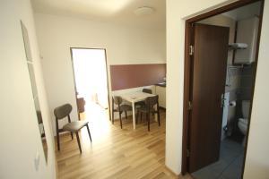 Studio ApartCity, Aparthotels  Braşov - big - 31