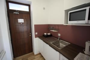 Studio ApartCity, Aparthotels  Braşov - big - 43