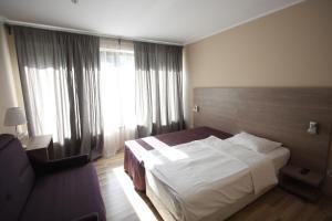 Studio ApartCity, Aparthotels  Braşov - big - 38
