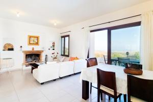 Phaedra & Orestis Villas, Prázdninové domy  Kato Akourdalia - big - 3