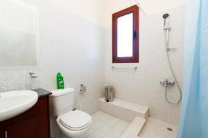 Phaedra & Orestis Villas, Prázdninové domy  Kato Akourdalia - big - 11