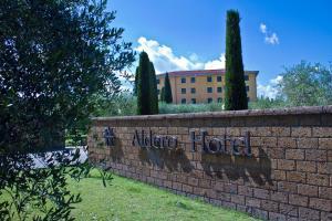 Aldero Hotel