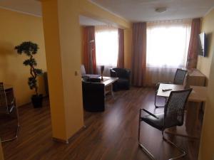 Altstadt Hotel Peiß, Hotely  Stralsund - big - 14
