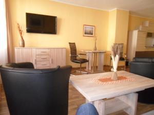 Altstadt Hotel Peiß, Hotely  Stralsund - big - 13