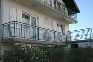Primasrima Apartments, Apartments  Vodice - big - 5