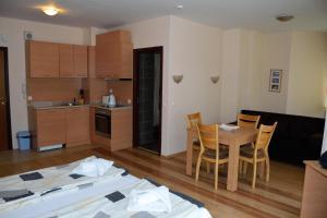 Persey Flora Apartments, Apartmánové hotely  Borovec - big - 94