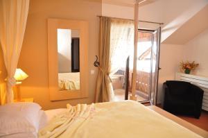 Hilde's Residence, Penzióny  Gura Humorului - big - 18
