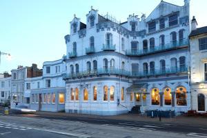 The Royal Esplanade (1 of 25)