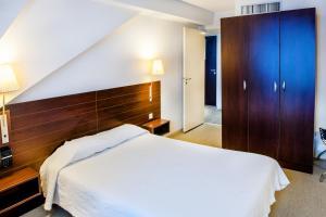 Appart'hôtel Saint Jean, Apartmanhotelek  Lourdes - big - 19