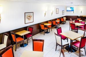 Appart'hôtel Saint Jean, Apartmanhotelek  Lourdes - big - 65