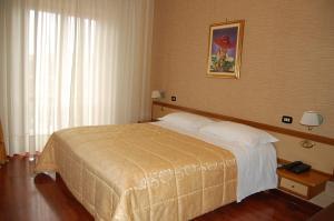 Hotel Ristorante Donato, Hotel  Calvizzano - big - 10