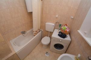 Apartment Nikolic Kotor, Апартаменты  Котор - big - 18