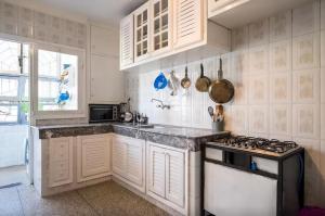 Spacious 3 Bedroom Downtown Flat, Apartments  Rabat - big - 19