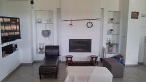 Villa Georgia, Holiday homes  Santa Maria - big - 23
