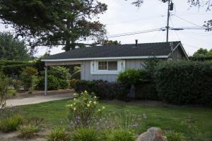 Studio Cottage with Kitchenette